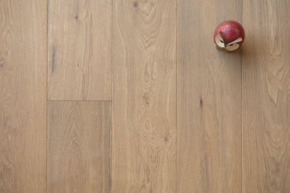 Gerookt en wit geolied eikenhouten vloer 18.1. - Riga Vloeren Amsterdam