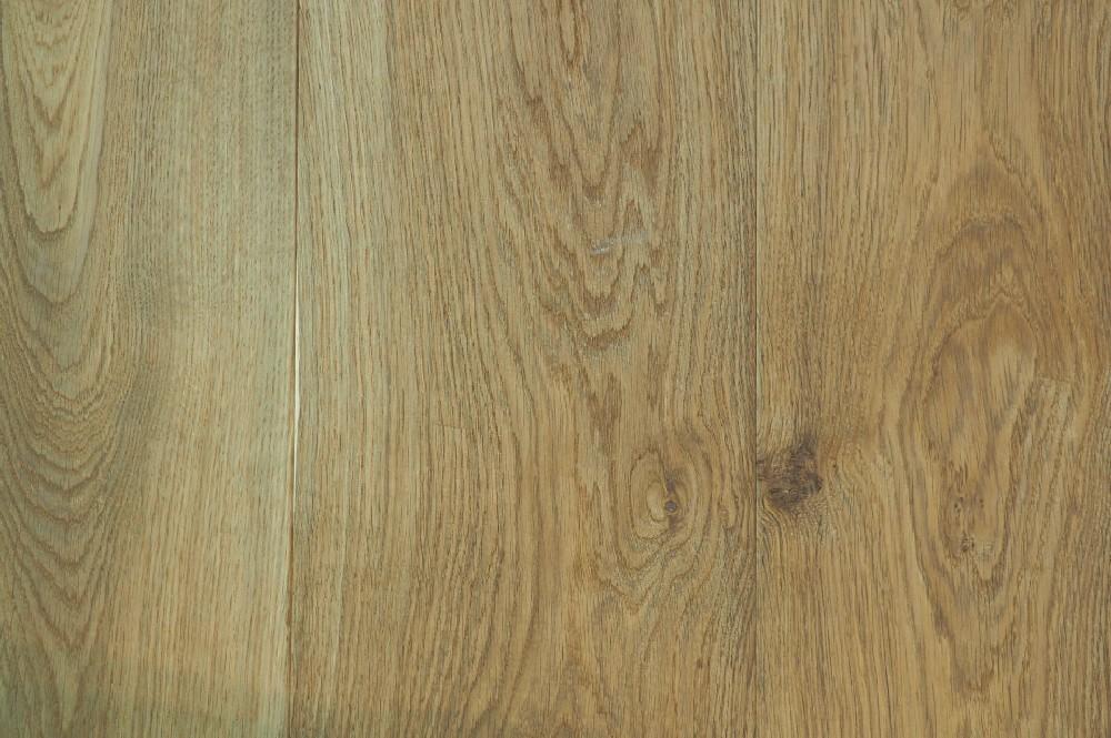 Vloer 10.5. Eikenhouten systeemvloer van Riga vloeren en kozijnen in Amsterdam