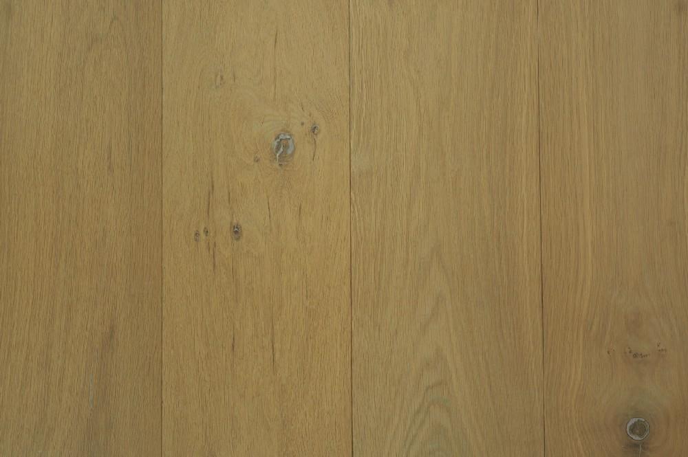 Houten vloer 2.1. - Onbehandelde, Eikenhouten licht rustieke lamelvloer