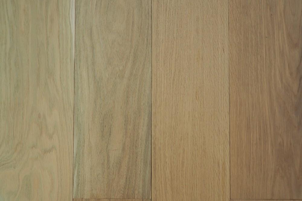 Vloer 6.51. Onbehandelde eikenhouten vloer van Riga vloeren en kozijnen in Amsterdam